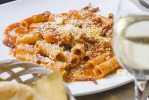 Liverotti, ristorante a Roma: le specialità della cucina romana, autentiche e ricche di sapore.